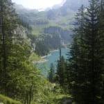 Dort unten liegt der Bergsee