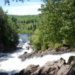 Picknick am Wasserfall