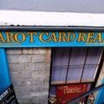 Tarot Kartenleser an jeder Ecke