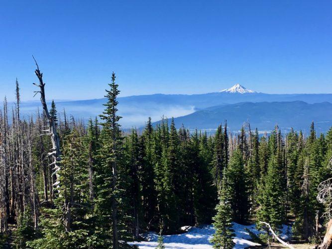 Auf der anderen Seite: Mt Hood, ein anderer Vulkan
